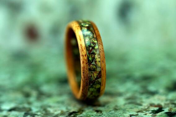 деревянное кольцо с инкрустацией, мрамор бидасар wooden ring with marble