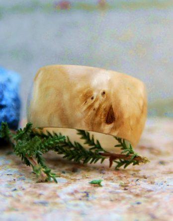 кольцо из капа березы