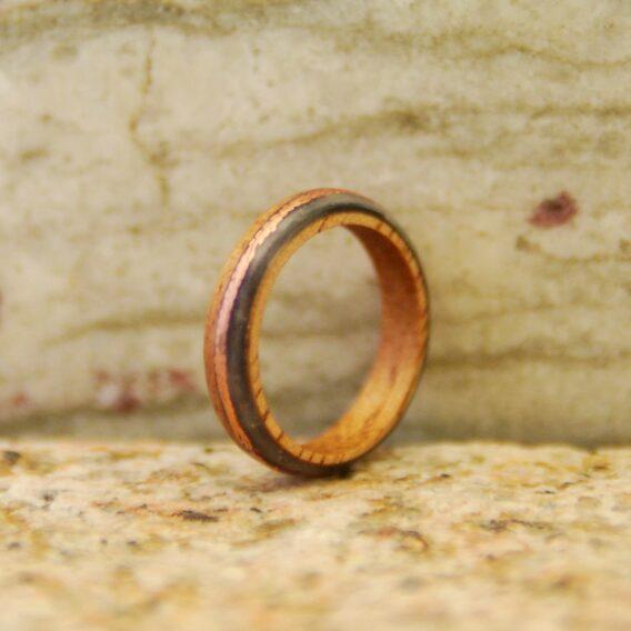 кольцо из дерева, карбона и меди