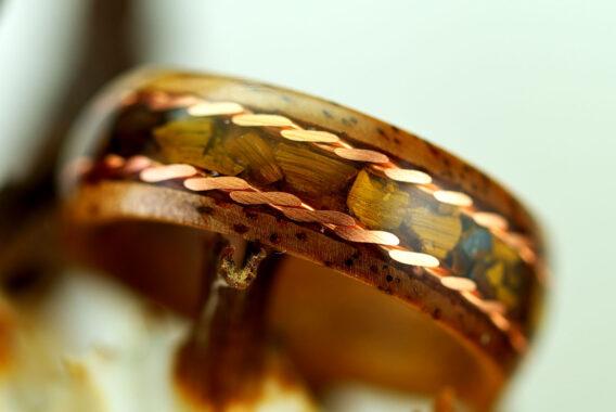 деревянное кольцо с инкрустацией wooden ring handmade