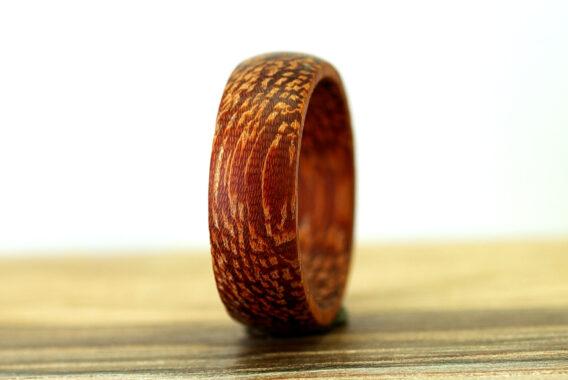 кольцо из дерева (Кумьер) Kumier wooden ring женские украшения из дерева