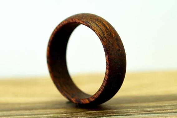 Деревянное кольцо из тика wooden ring teak