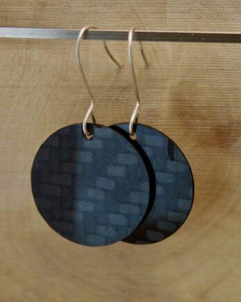 серьги из карбона, карбоновые серьги, carbon fiber earrings, round earrings, silver wire, серебрянвя проволока