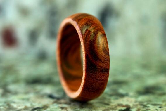 Деревянное кольцо яблоня wooden ring apple handmade