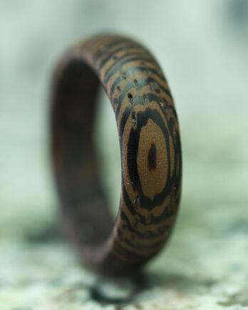 Кольцо из дерева древесина венге wooden ring venge