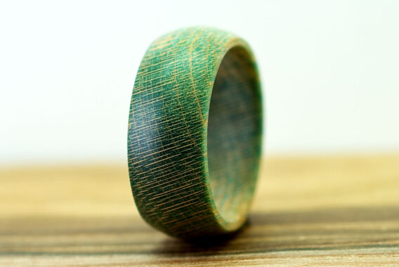 Деревянное кольцо из стабилизированной древесины ясеня wooden ring ashwood украшения из дерева